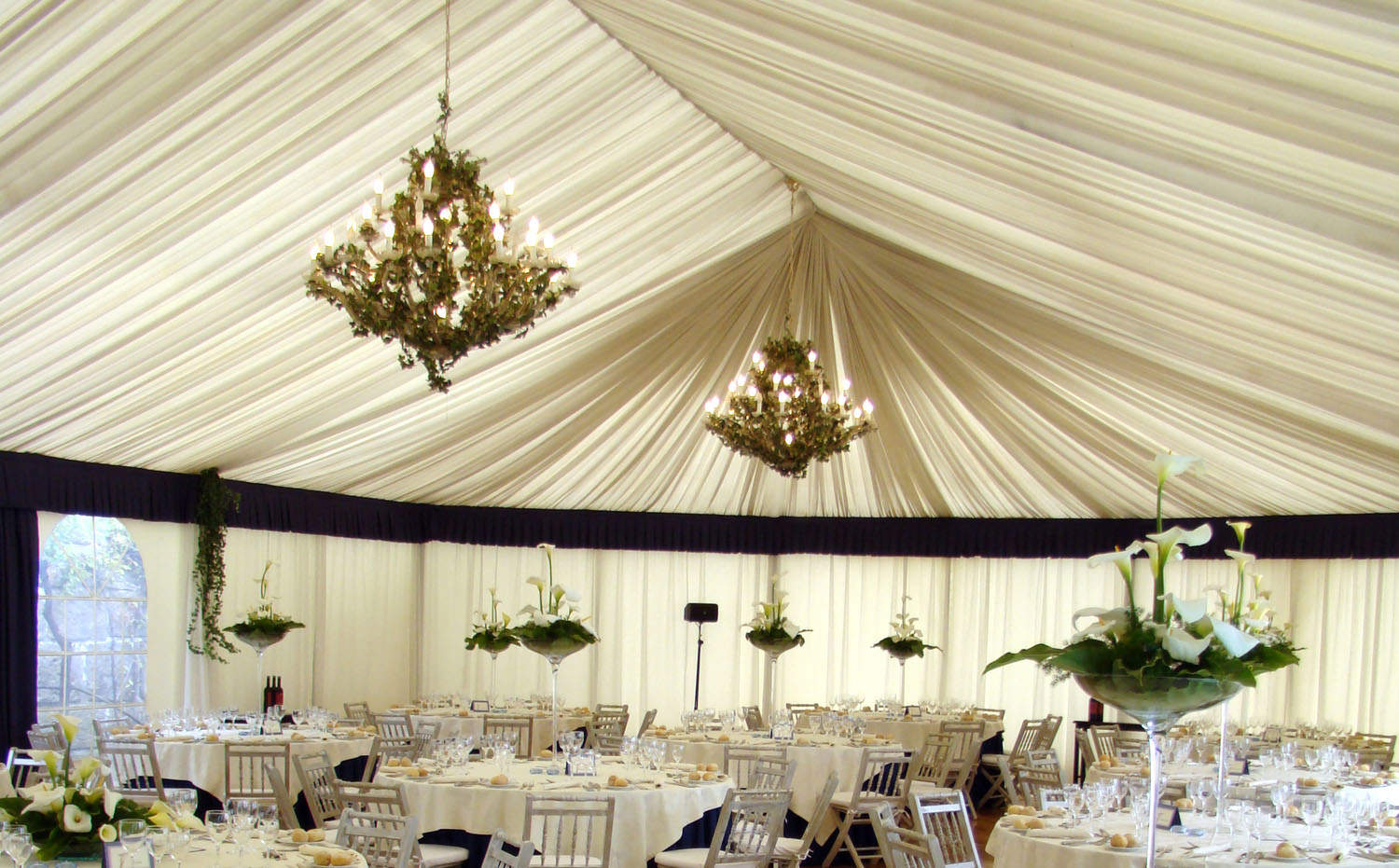 Specialty Tent Lighting & 6 Luxury Touches for Tented Weddings | Lakes Region Tent u0026 Event
